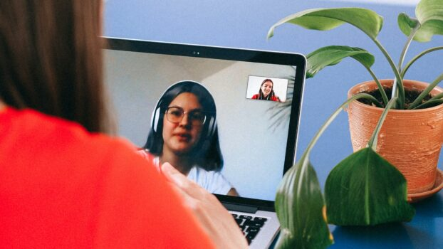 De mogelijkheden voor videobellen als een klantcontactkanaal
